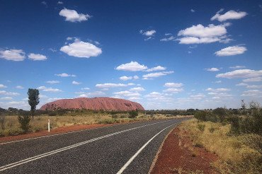 Getting to and experiencing Uluru from Alice Springs